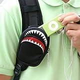 【シャークデジカメケース:ブラック】バッグやベルトに簡単装着!小判鮫ケース!