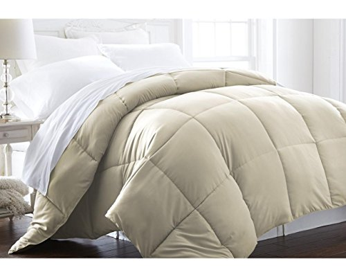 Discover Bargain Beckham Hotel Collection® Lightweight Luxury Goose Down Alternative Comforter - Hy...