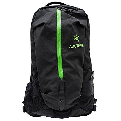 ARCTERYX/アークテリクス Arro 22 アロー 6029 BLACK/KHASI バックパック/リュックサック/デイ/カバン/鞄 メンズ/レディース ブラック/カーキ [並行輸入品]