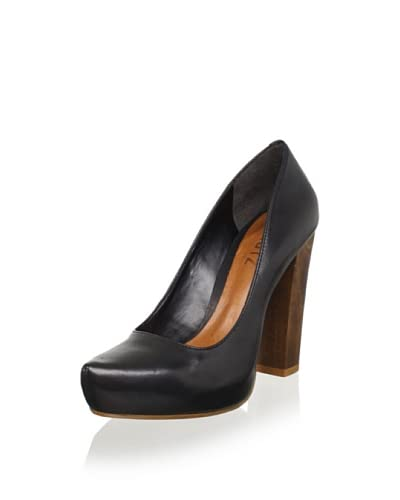 Schutz Women's Leather Pump  - Black