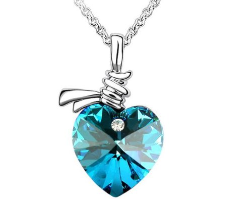crystal love pendentif coeur collier swarovski elements valentine gift bleu your 1 source for. Black Bedroom Furniture Sets. Home Design Ideas