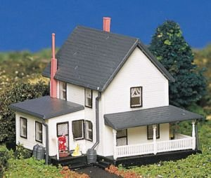 Bachmann Farm House  N Scale Picture