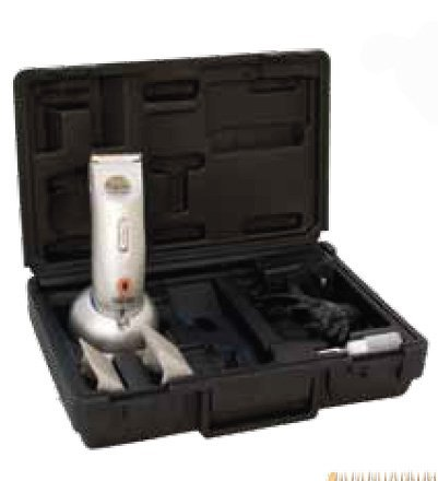 Liveryman Element Rechargeable Horse / Animal Trimmer, Extremely Quite And High Quality