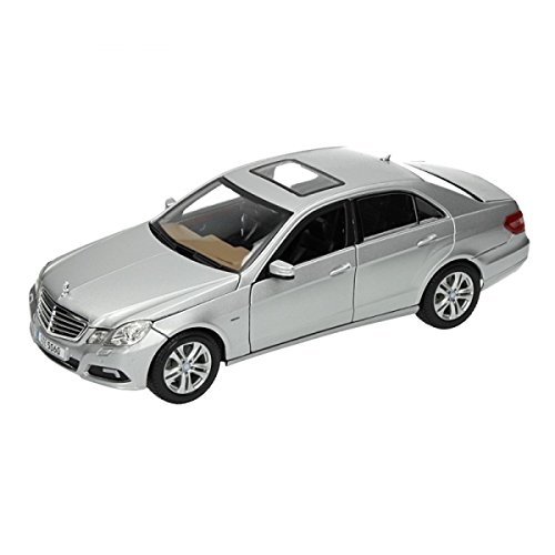 Maisto 1:18 Scale 2009 Mercedes-Benz E-Class Diecast Vehicle (Colors May Vary) (Mercedes Benz Model Cars compare prices)
