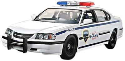 Revell 1:25 '05 Chevy Impala Police Car - 1