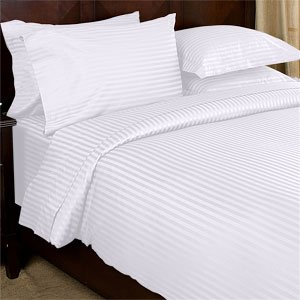 Amazon Com Stripes White 300 Thread Count Olympic Queen