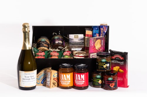 Personalised Prosecco Scottish Food Hamper. Birthday, Anniversary, Engagement, Easter, Mother's day, Father's day, Valentine's day, Wedding or Christmas gift idea