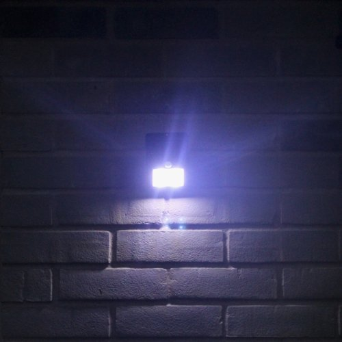 Outdoor LED Wireless Solar Powered Motion Sensor Light Security