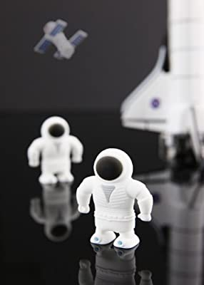 4GB Astronaut Memory Stick USB 2.0 Flash Drive. Presented In a Free Metal Gift Box. Keychain Attached. by NUT