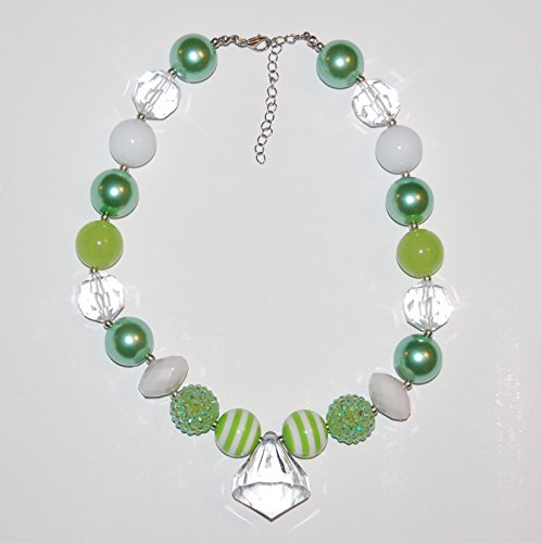 girls-chunky-bubblegum-beaded-necklace-green-white-and-clear-acrylic