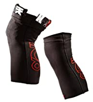 110 Percent Play Harder Blitz Knee Compression Sleeves, Pair + ICE for Knees