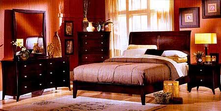 Amazing Cherry Finish Queen Size Bedroom Suite