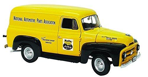 1953-international-panel-van-napa-auto-parts-1-25-by-first-gear-49-0046