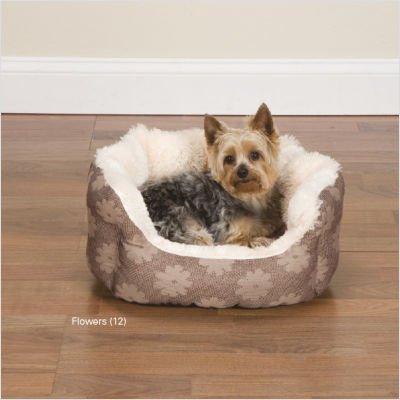 Uptown Dog Bed Size: Medium (26