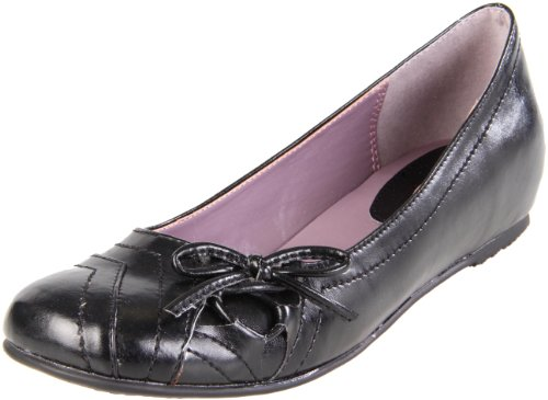 CL by Chinese Laundry Women's Myra Slip-On Flat,Black,7 M US