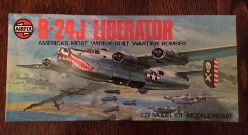Vintage AIRFIX B-24J Liberator - 1/72 Model Kit 1975