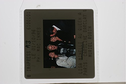 slides-photo-of-liza-minnelli-muriel-robin-and-caroline-barclay-in-a-event