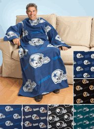 Philadelphia Eagles Adult Comfy Throw Blanket With Sleeves front-28110
