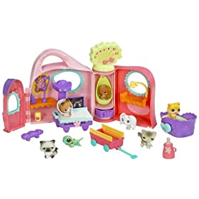 Hasbro Littlest Pet Shop Get Better Center with Bonus Pets