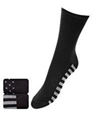 2 Pairs of Freshfeet™ Heatgen™ Assorted Ankle High Socks with Silver Technology