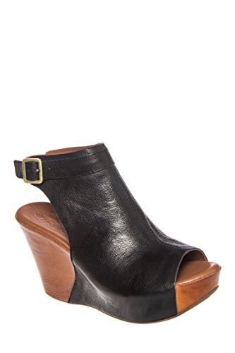 Berit Mid Wedge Bootie