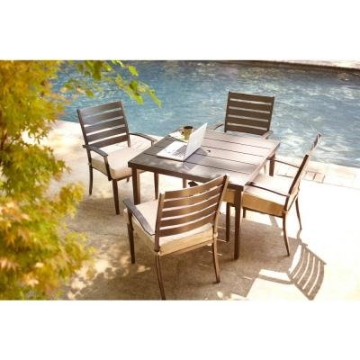 Hampton Bay Marshall 5 Piece Patio Furniture Dining Set With Textured Silver Pebble Cushions, Seats 4