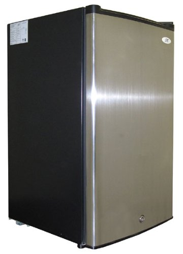 Sunpentown Energy Star 3.0-Cu-Ft Upright Freezer - Stainless