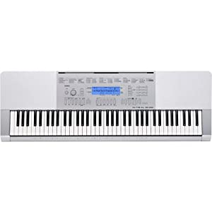 Casio WK-225 76-Key Touch Sensitive Piano-Style K from Casio
