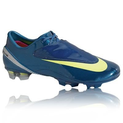 NIke Mercurial Vapor IV Firm Ground Football Boot, Size UK7