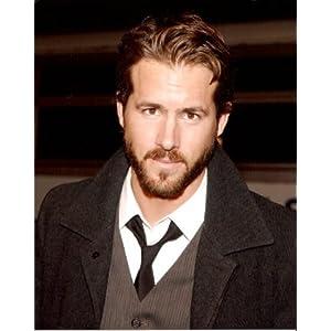 Ryan Reynolds  Beard on Amazon Com  Ryan Reynolds W Beard 16x20 Photo  Sports   Outdoors