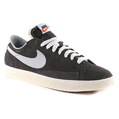 grey nike blazer low