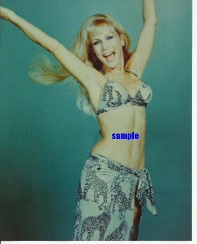 I Dream Of Jeannie Barbara Eden In Bikini Jumping For Joy 8X10 Glamour Photo Idj1007