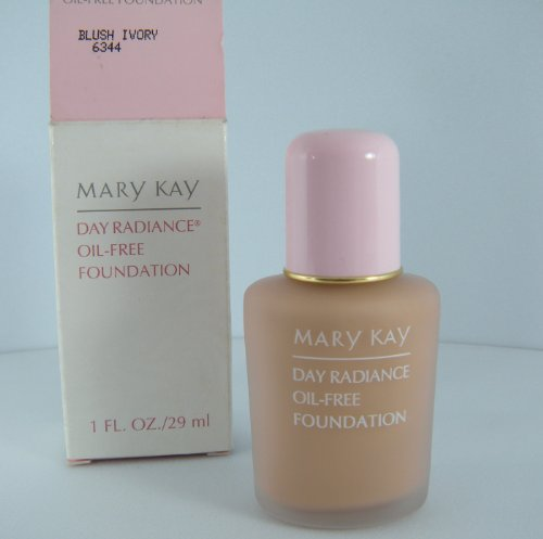 Mary Kay Day Radiance Oil-Free Liquid Foundation BLUSH IVORY