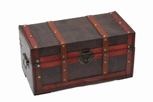 traditional-wooden-treasure-box-with-leather-pattern
