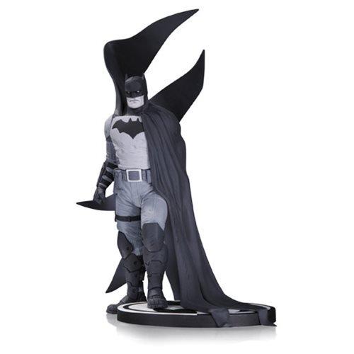 DC-Collectibles-Batman-Black-White-Batman-by-Rafael-Albuquerque-Statue