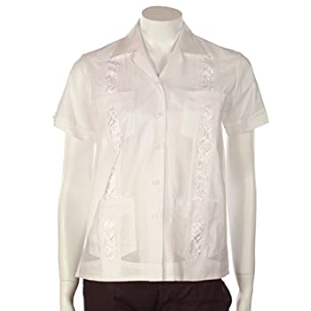 Women Guayabera with embrodiery detail. White