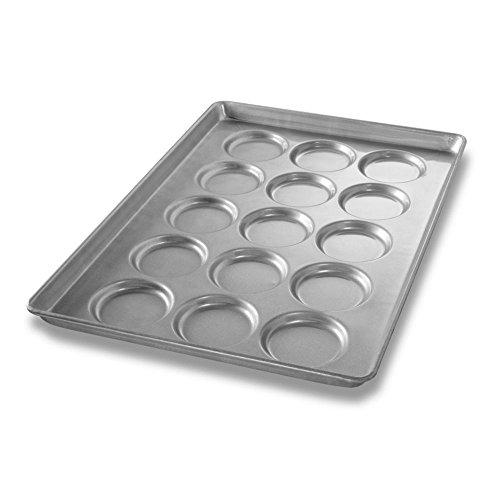 Chicago Metallic Bakeware ePan Aluminum Hamburger Bun Pan for 15 Buns