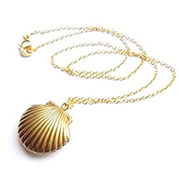 MagicW Seashell Locket Pendant Necklace Sea Shell Locket Necklace Gold Tone Brass Locket Ocean Beach Locket Jewelry