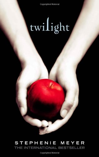 Twilight (Twilight Saga) - Stephenie Meyer