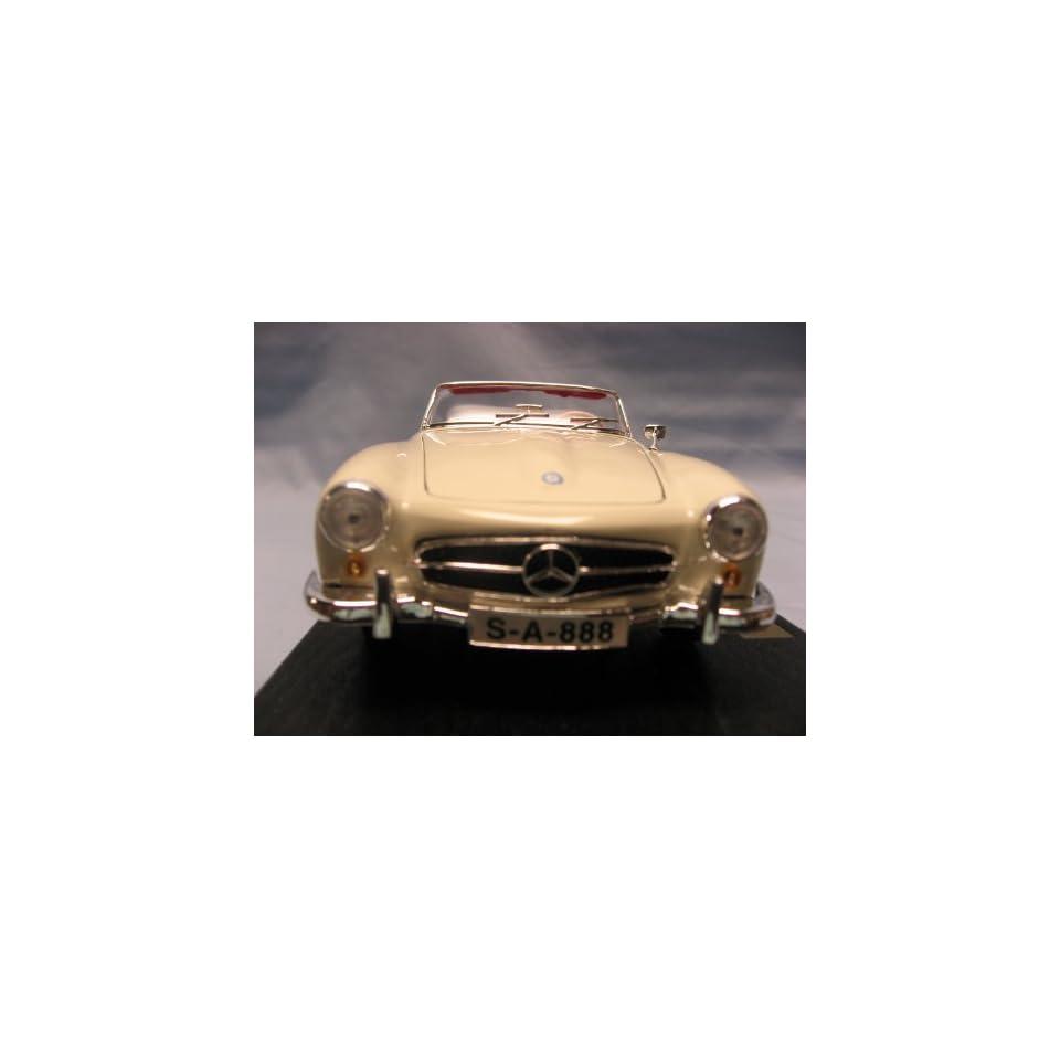 Mercedes Benz 190SL White Diecast Model Car 118