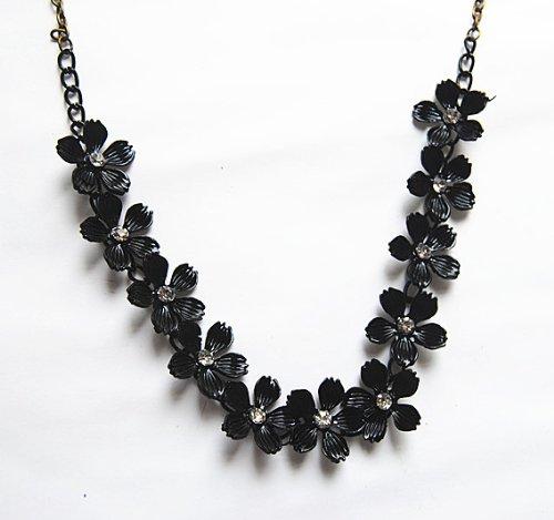 JA153 Schwarz Schnur Gänseblümchen Blumen Halskette, Schwarz Pflaume Baum Blumen Halskette (schwarz Farbe)