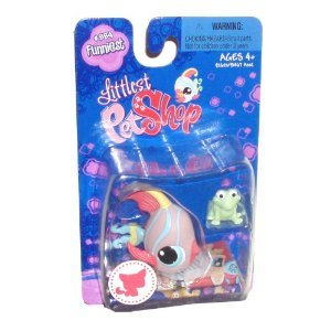 Littlest Pet Shop Single Pack Pet Figure Funniest #884 - Angel Fish with Frog Mini Figure - 1