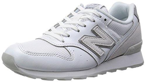 【中学生】軽くて走りやすい、通学におすすめの白い運動靴が知りたい!【男子】