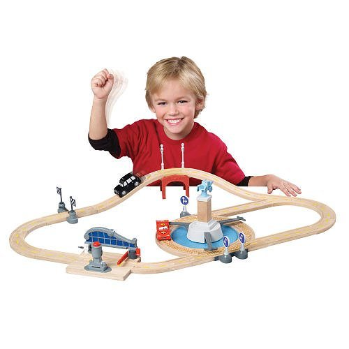 Disney Pixar Cars 2 Wood Collection Track Set London Grand