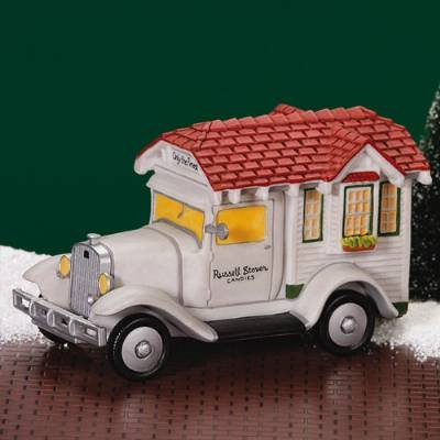 dept-56-christmas-in-the-city-russel-stover-delivery-truck-58972