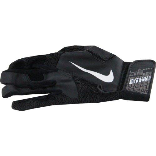 Derek Jeter 2011 Game Used Batting Glove (Black) (Single) front-924308