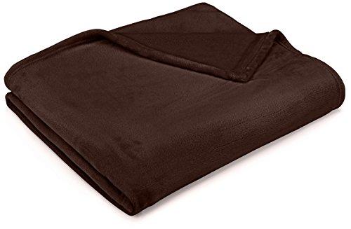 amazonbasics-manta-suave-para-sofa-tacto-de-terciopelo-127-x-152-cm-color-marron