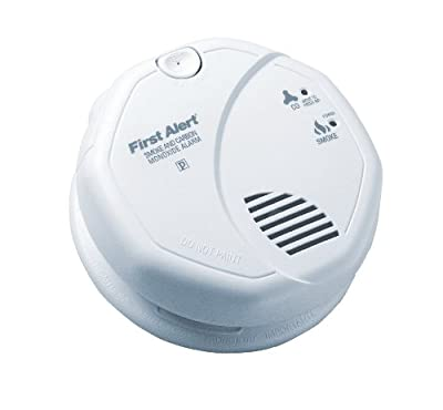 First Alert SC7010B Hardwire Photoelectric Smoke and Carbon Monoxide Alarm with Battery Backup from First Alert