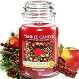 Yankee Candle Housewarmer Jar (Red Apple Wreath) - Small (3.7 oz)