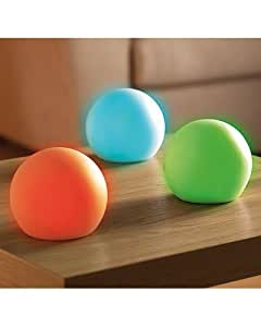 boule lumineuse led multicolores lumi re d 39 ambiance. Black Bedroom Furniture Sets. Home Design Ideas